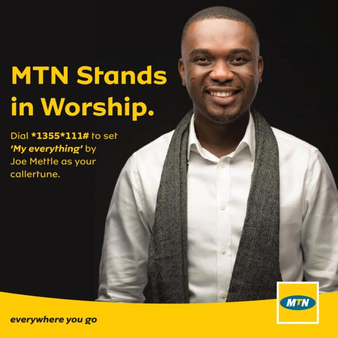 MTN STANDS IN WORSHIP